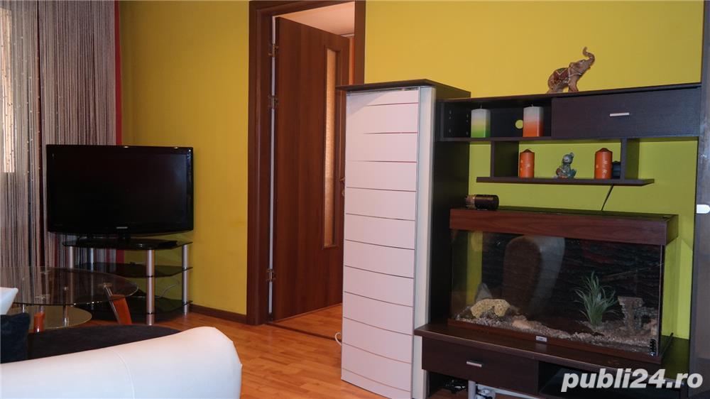 Apartament trei camere, mobilat, utilat, Ostroveni.