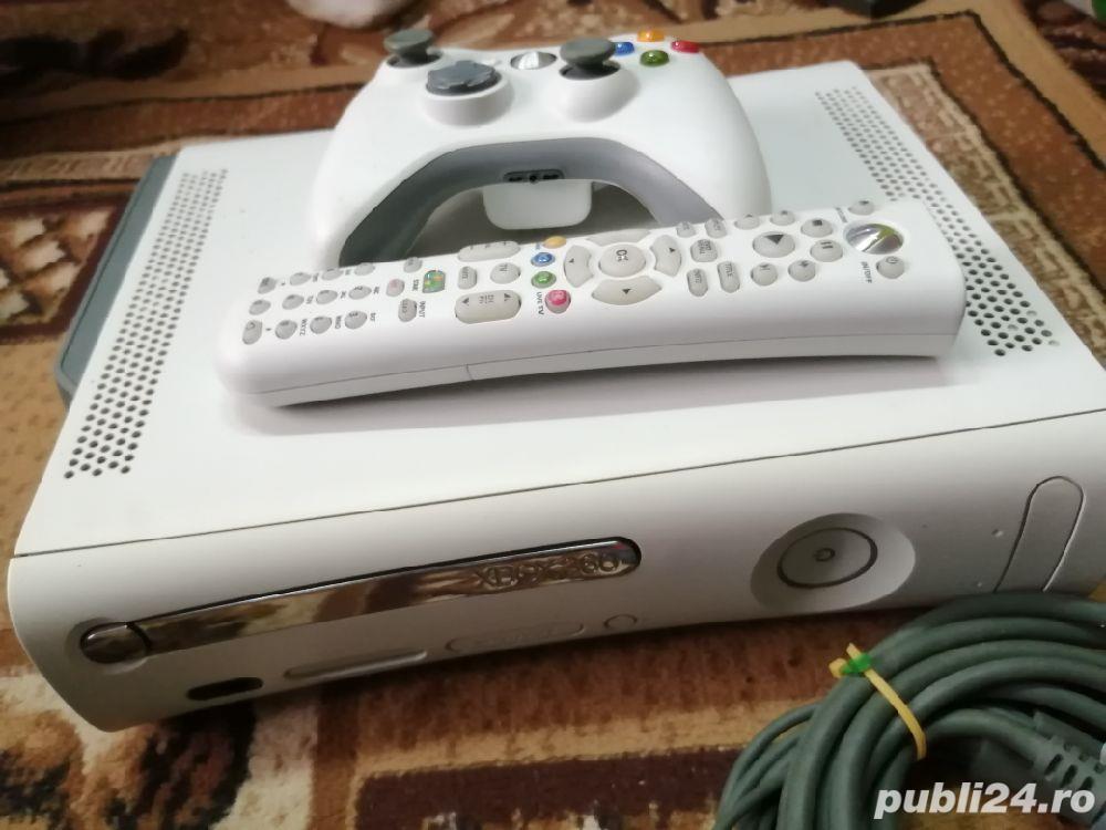 X box 360+joystik   +telecomanda+fifa gratis