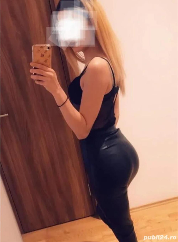 Blonda sexy  - imagine 1