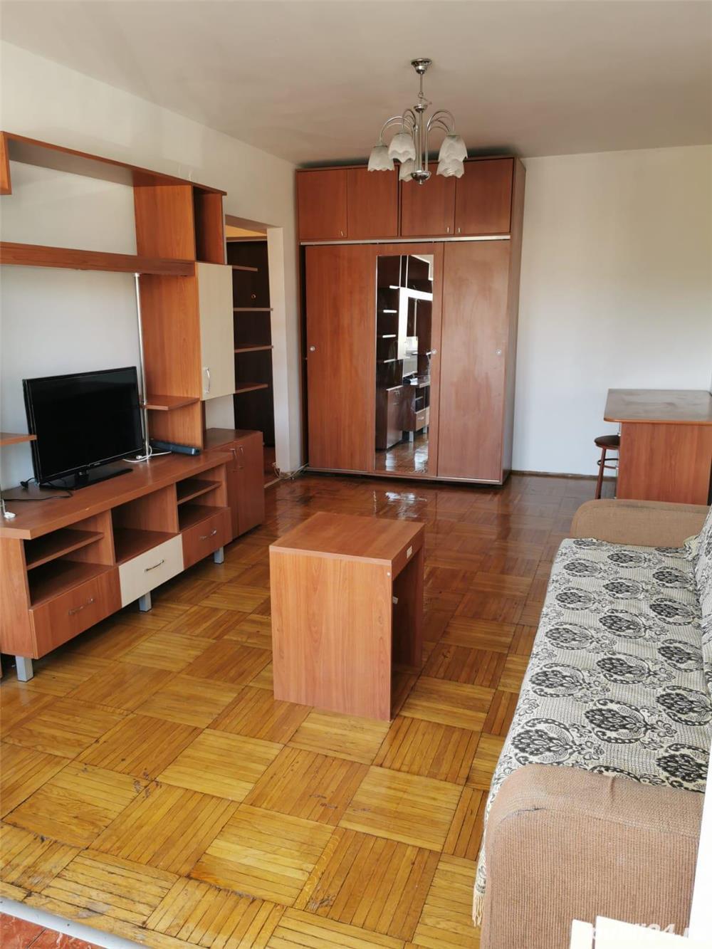 Închiriez apartament cu 2 camere zona Crângași, proprietar