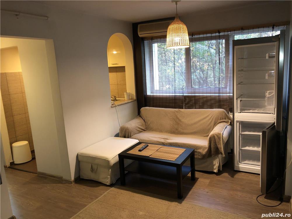 Inchiriez apartament 2 camere - Teiul Doamnei