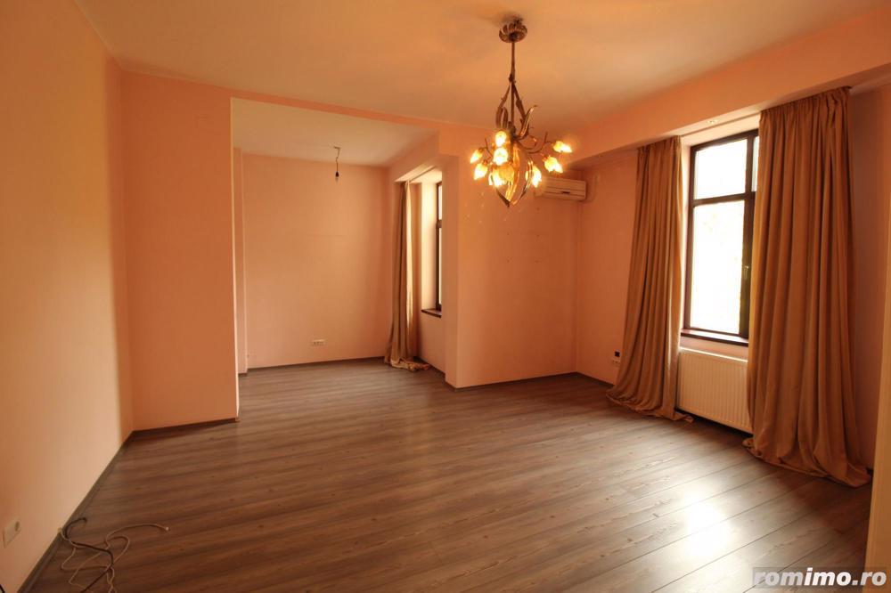 Zona superba, Aleea Modrogan, apartament renovat, garaj 27 mp