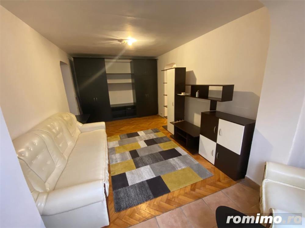 Apartament 2 camere zona Tipografilor
