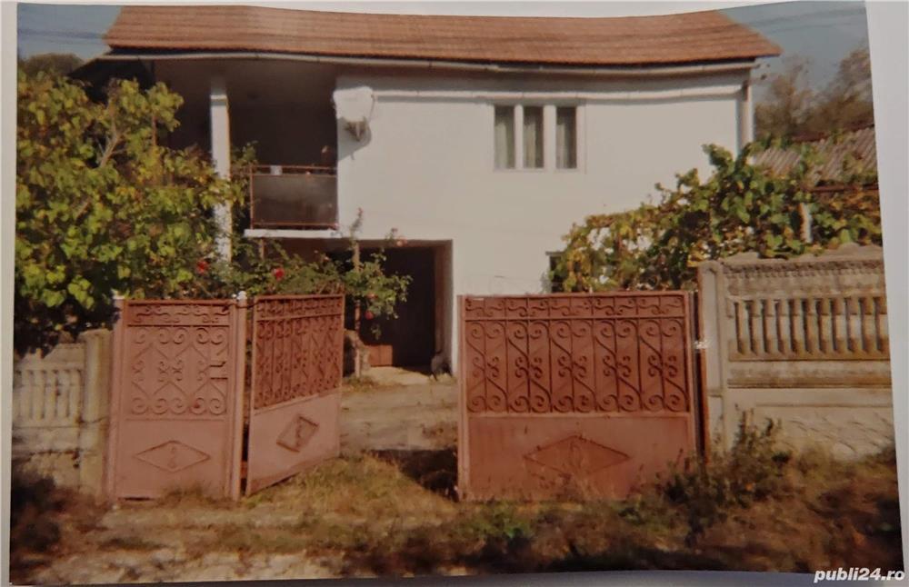 Casa si gradina la 47 km de statiunea Ranca