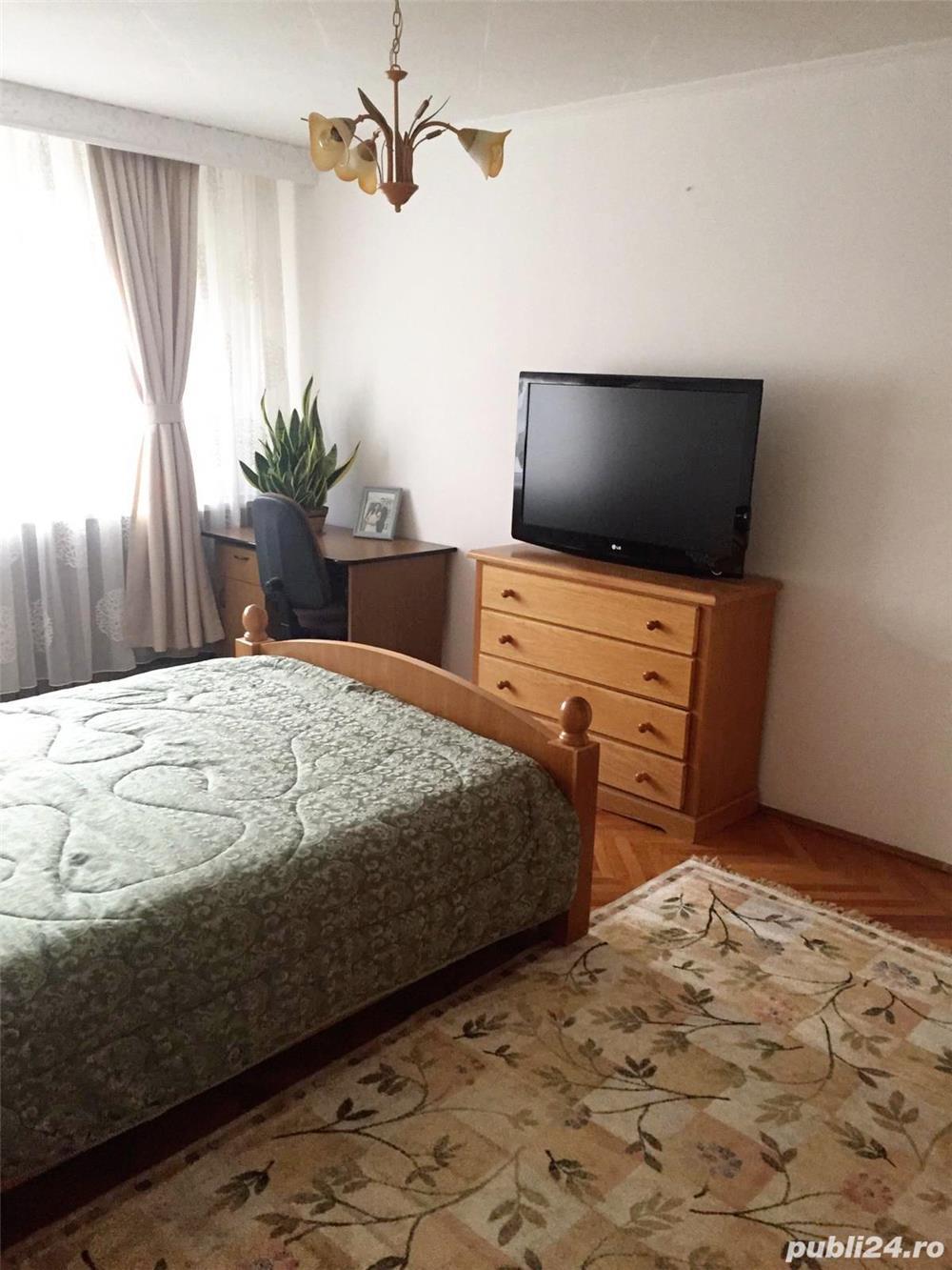Vand apartament cu 3 camere, tip PB, zona Ramada