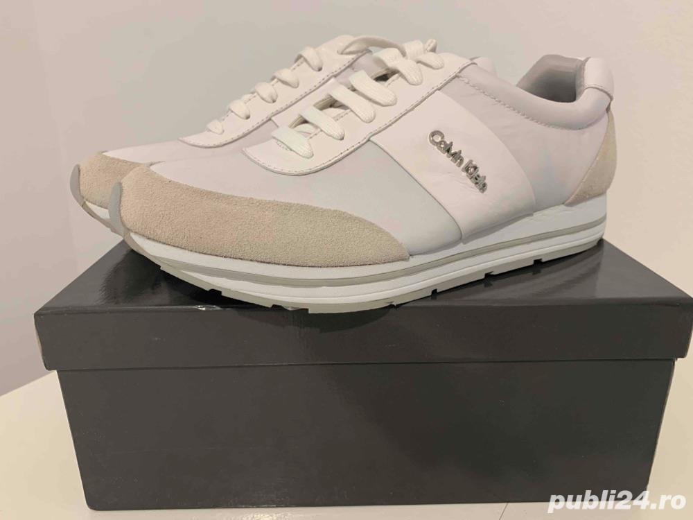Vand pantofi sport Calvin Klein
