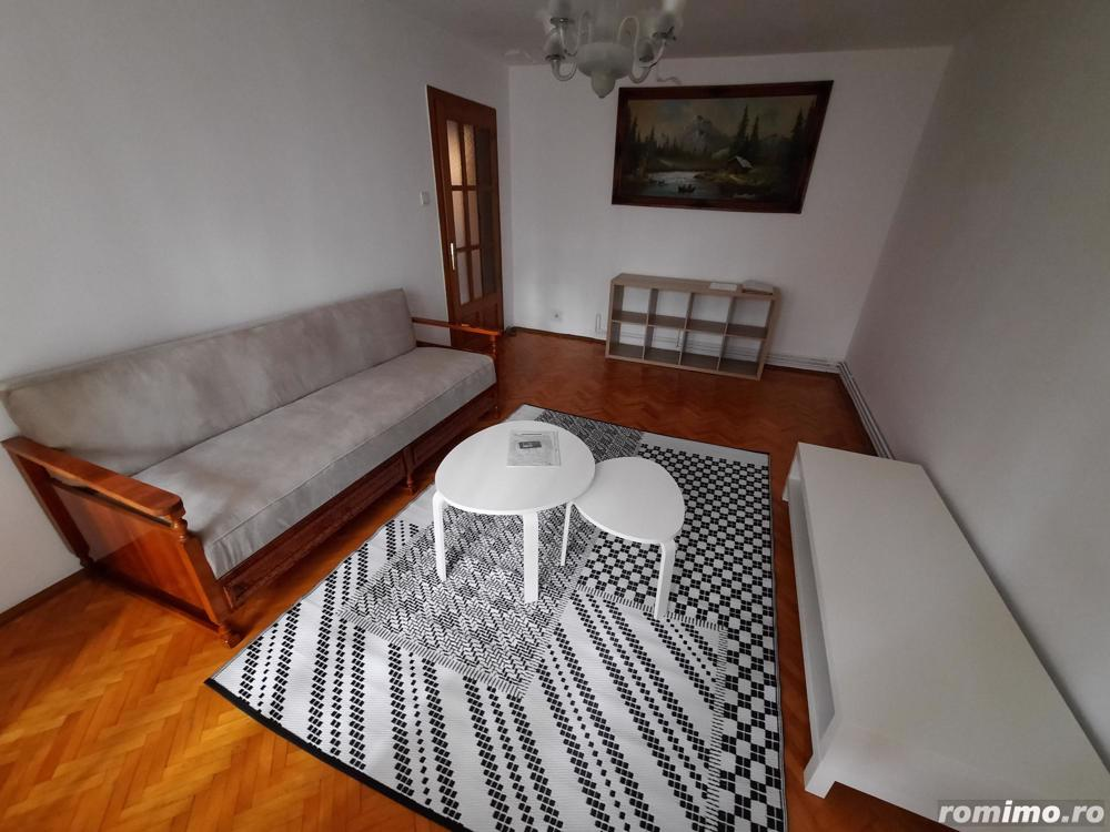 Apartament cu 3 camere- zona Bucovina