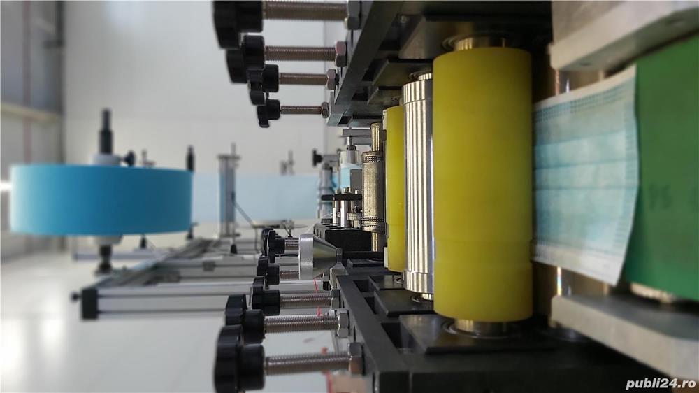 Vând mașină producție măști-automată 60 buc/min cu 2 capete