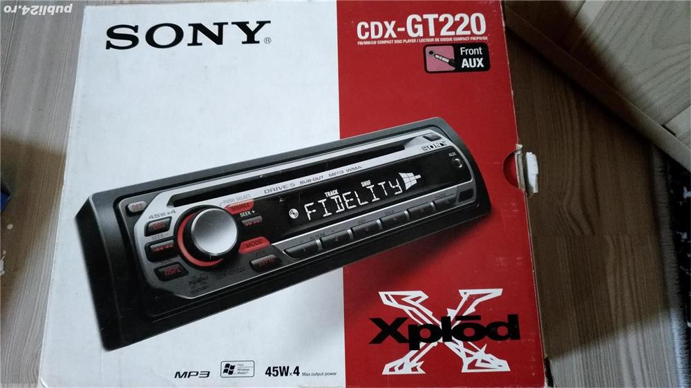 Vand radio - CD auto SONY   CDX GT 220