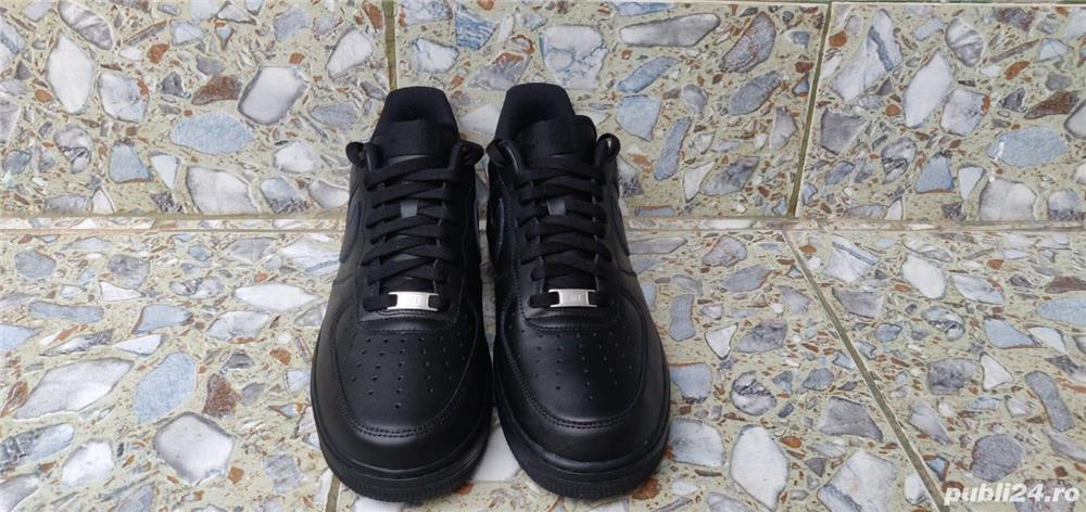 Nike Air Force 1 Negru