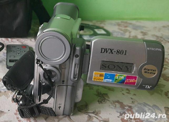 Cameră video SONY DVX-801