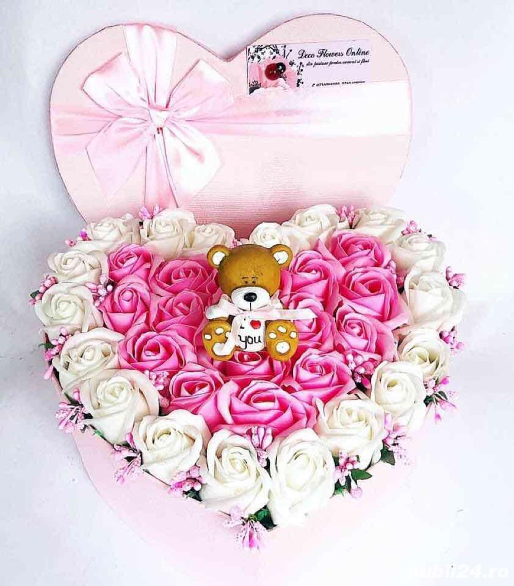 aranjament inima cu trandafiri parfumati de sapun