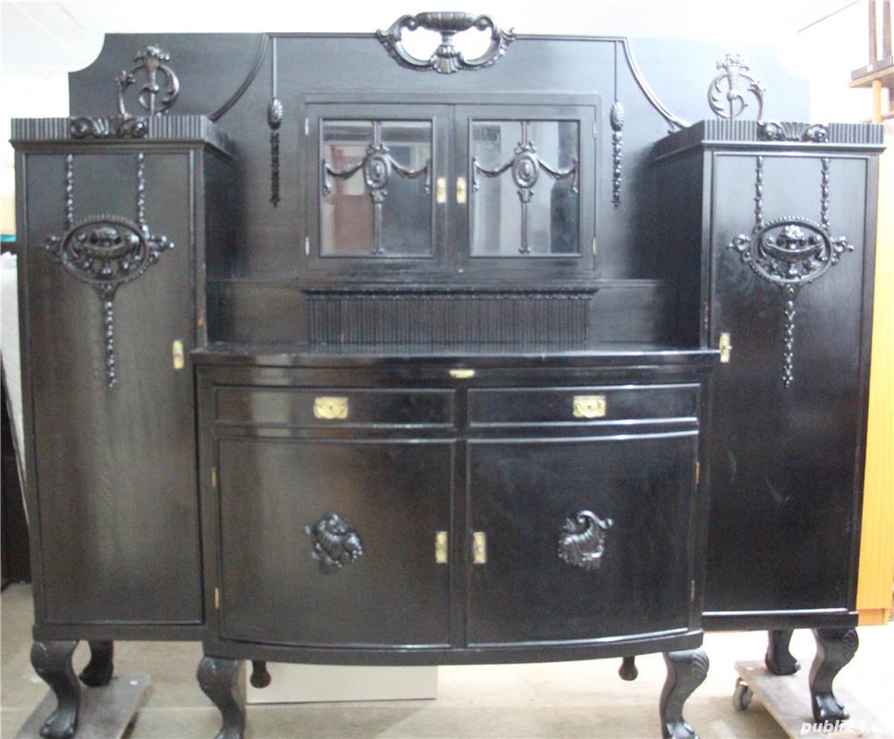 Bufet vintage Stil Florentin; Vitrina lemn cu usi si sertare; Dulap
