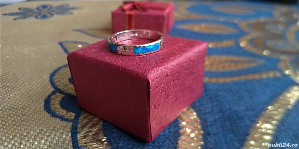 Inel argint 925 cu opal albastru