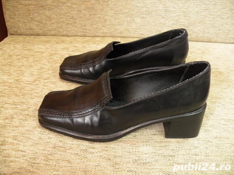 Vand incaltaminte, pantofi de dama/femei din piele