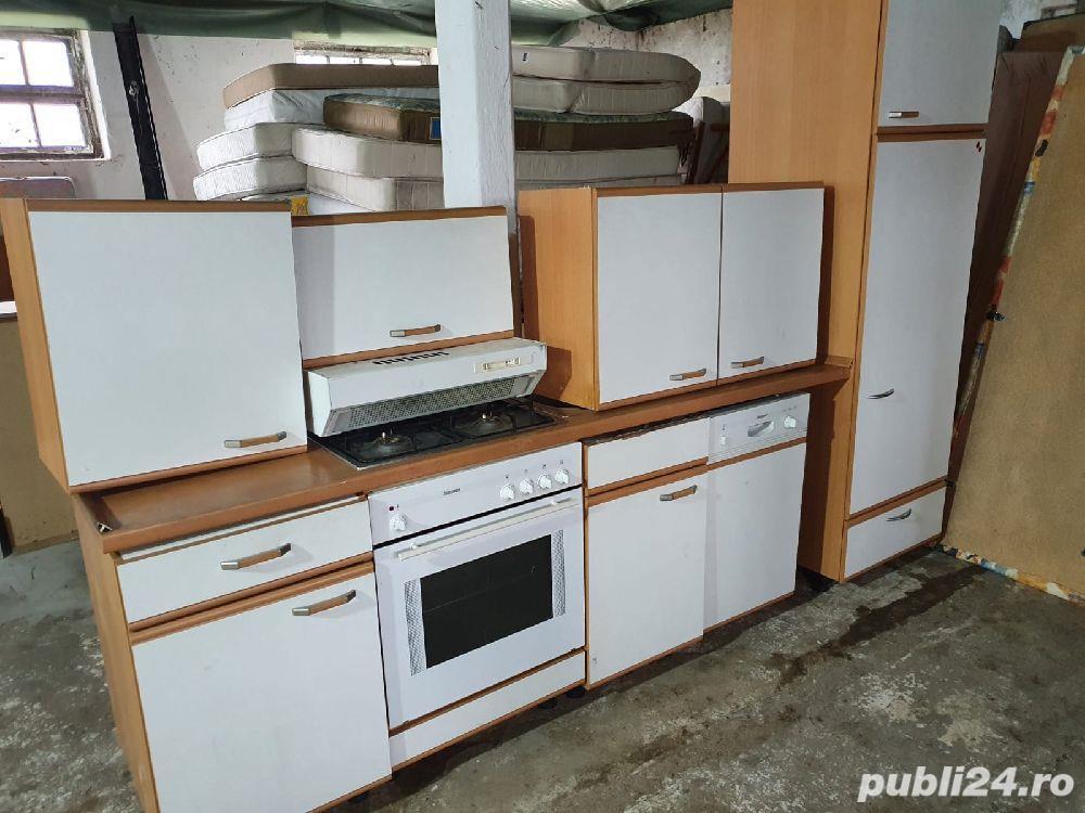 Mobilă bucătărie