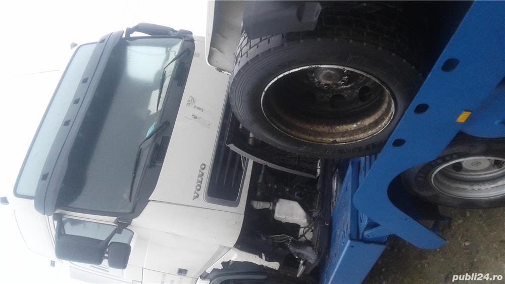 Dezmembrez Volvo camioane euro 3 și 5