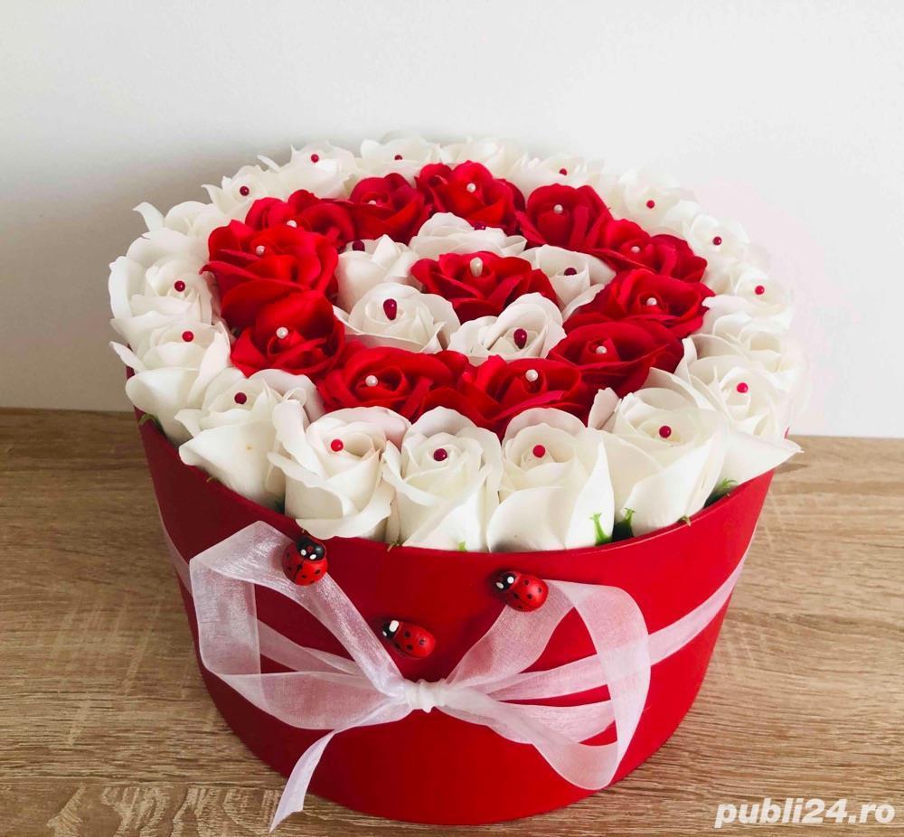 Aranjament cu trandafiri de sapun