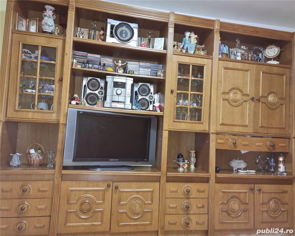 Vând mobilă - Sufragerie