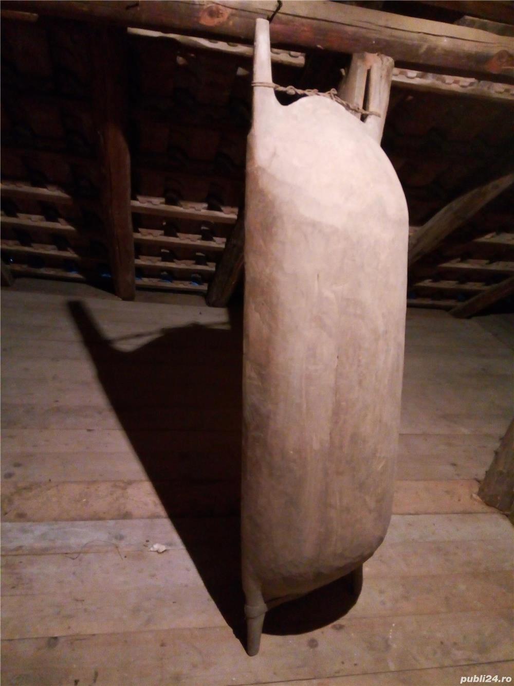 Covata taraneasca din lemn