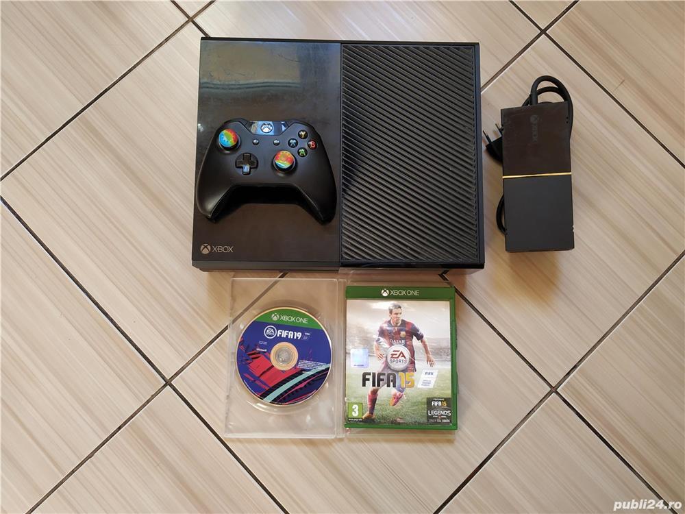 Consola Xbox One, cu acces la peste 380 jocuri (Fortnite, Forza Horizon 4, Fifa 20, Roblox, etc.)