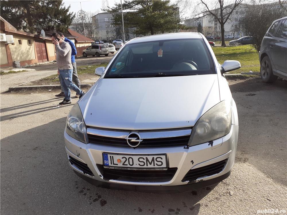 Opel Astra H 1.6 benzina 105 cp an 2005.