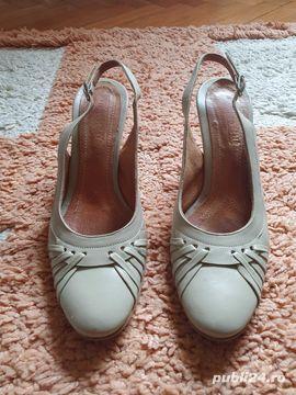 Sandale dama marimea 34