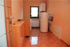 Proprietar vand casa in Dumbravita - imagine 5
