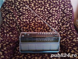 Aparat de radio telefunken bajazzo universal 401 - imagine 3