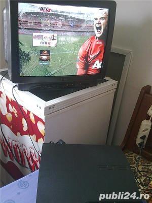 vand PS3 slim,playstation 3 slim,ca nou,250 gb,1 maneta,cabluri - imagine 1