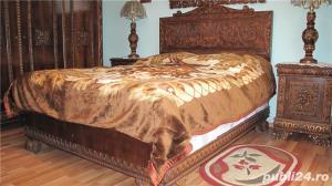 Dormitor lemn masiv ,sculptat manual in stil Florentin - imagine 1
