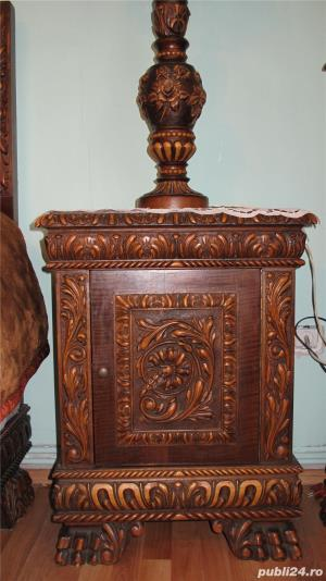 Dormitor lemn masiv ,sculptat manual in stil Florentin - imagine 4