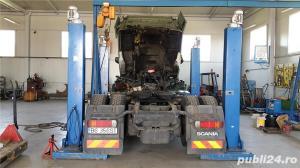 Inchiriez afacere service camioane si sevice turisme - imagine 1