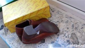 Pantofi din piele - imagine 4