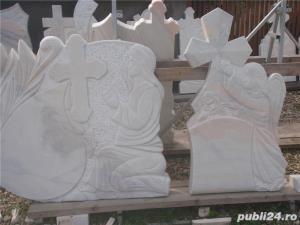 Monumente funerare,cruci marmura,(producator)De la 700 lei! - imagine 2