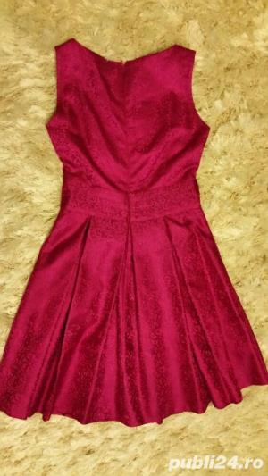 Rochita din brocart roz fuchsia - imagine 4