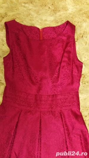 Rochita din brocart roz fuchsia - imagine 2