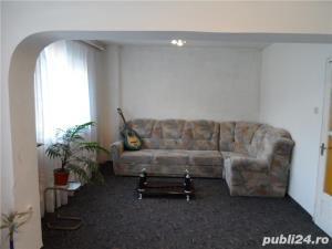 Vand  apartament 3 cam., 76mp,  DECOMANDAT, 2 bai, 2 balcoane, RENOVAT - imagine 2