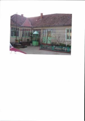 Vand casa la Fibis - imagine 2