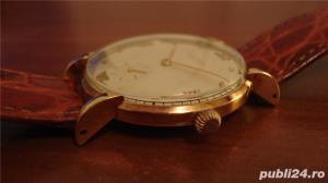 Ceas de aur Universal Geneve - imagine 2