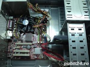 "Sistem Complet: Unitate PC Tower Neagra (Intel LGA 775 2 Ghz) + Monitor LCD 17"" - imagine 3"