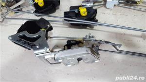 broasca usa chevrolet spark m200 - imagine 2