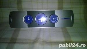 Ceas cu termometru si higrometru - imagine 1