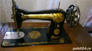 Masina de cusut Singer mecanica - imagine 2