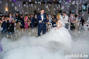 Invitați de nunta / botez schela de limini si fum greu pentru dansul mirilor  - imagine 3