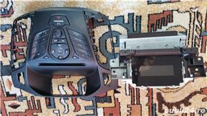 Vand unitate audio RCD Ford Focus 3 an 2012 (stare foarte buna - imagine 2