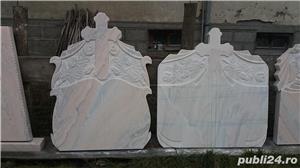 Monumente funerare/ cruci marmura din stoc.Livrare rapida!De la 700 lei! - imagine 8