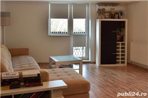 Apartament 3 camere Bd. Libertatii, vedere Palatul Parlamentului, comision 0%  - imagine 1