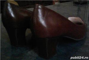 Set geanta + pantofi cu toc piele maro 36 Mondo Class - imagine 2