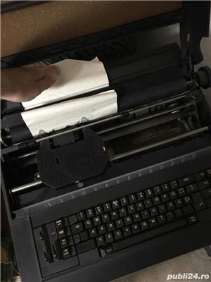 Vand masina de scris OLIVETTI - imagine 2
